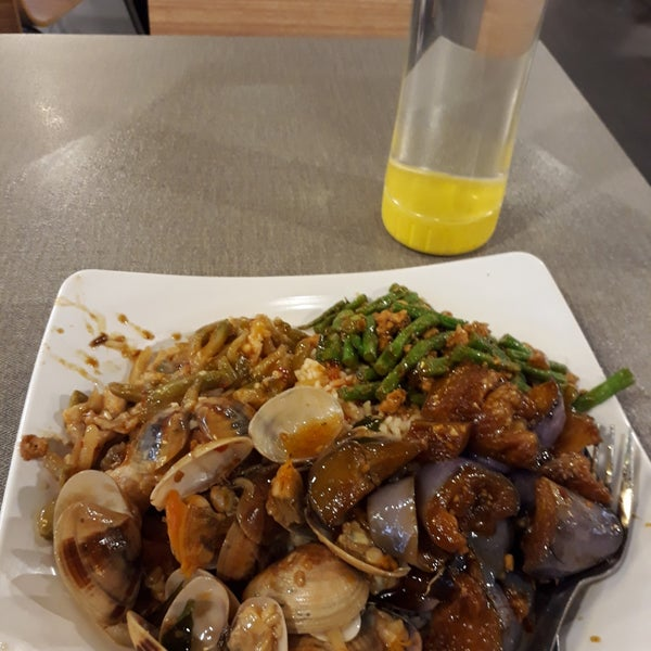 Photo taken at Food Junction by She S. on 1/2/2018