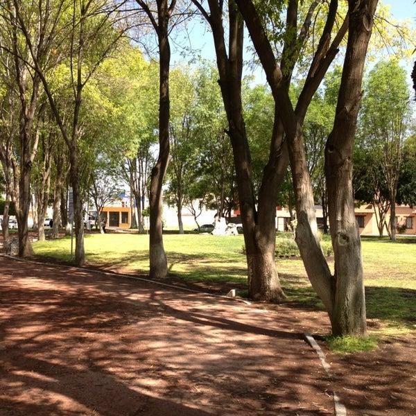 Fotos en parque jardines de la hacienda parque for Jardines de la hacienda