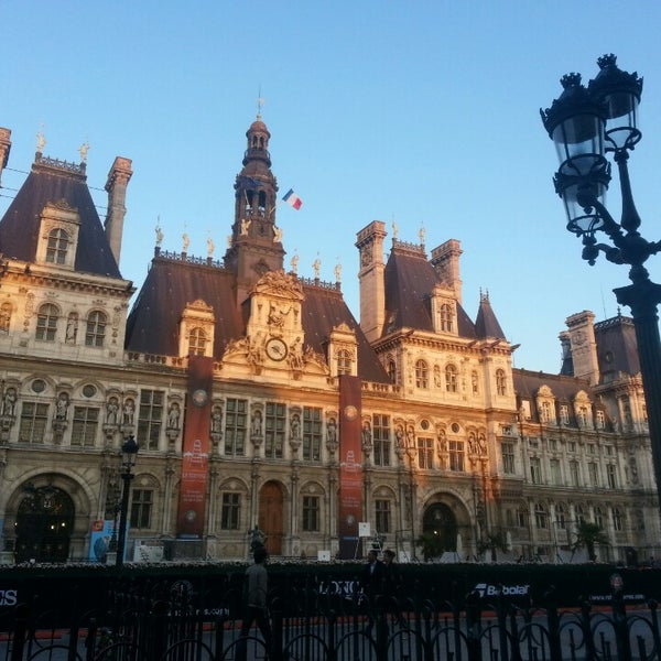 Top 50 Things To Do In Paris During Summer: City Hall In Hôtel-de-Ville