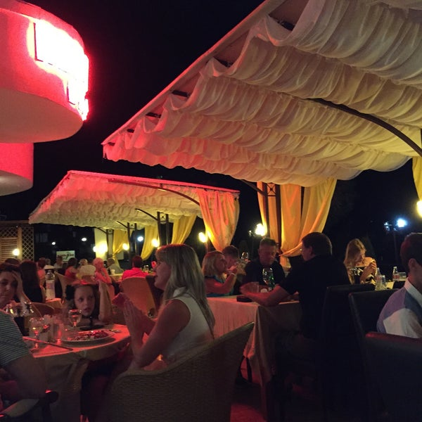 Photo taken at Diamond Restaurant by Julia V. on 8/13/2015