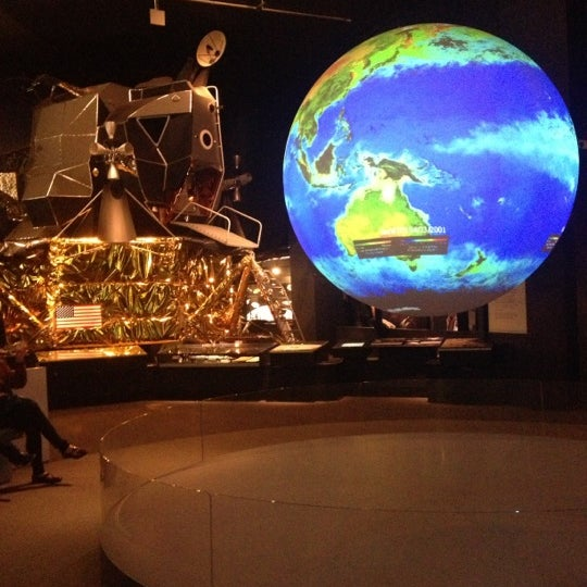 Photo taken at Science Museum by Mehri K. on 3/6/2013