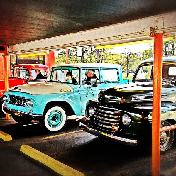 Photo taken at Eddie's Drive In by Todd K. on 5/13/2013
