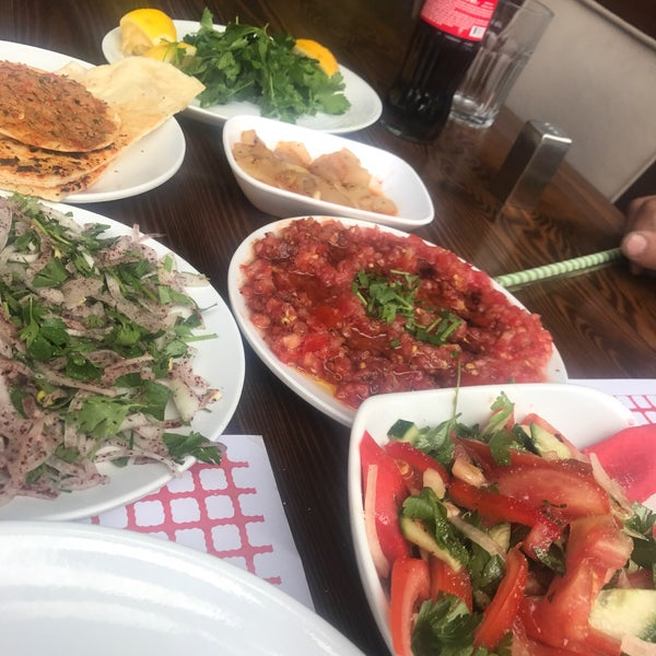 5/19/2017 tarihinde Zzz Z.ziyaretçi tarafından Paşa Kebap'de çekilen fotoğraf