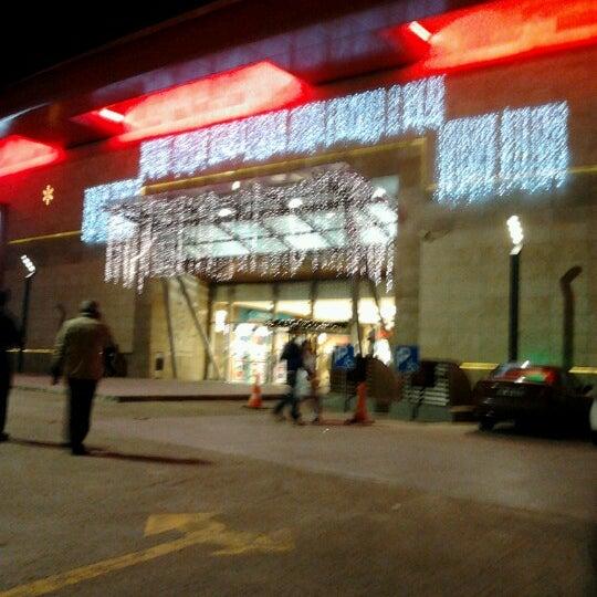 12/2/2012 tarihinde Aslı K.ziyaretçi tarafından Atlantis Alışveriş ve Eğlence Merkezi'de çekilen fotoğraf