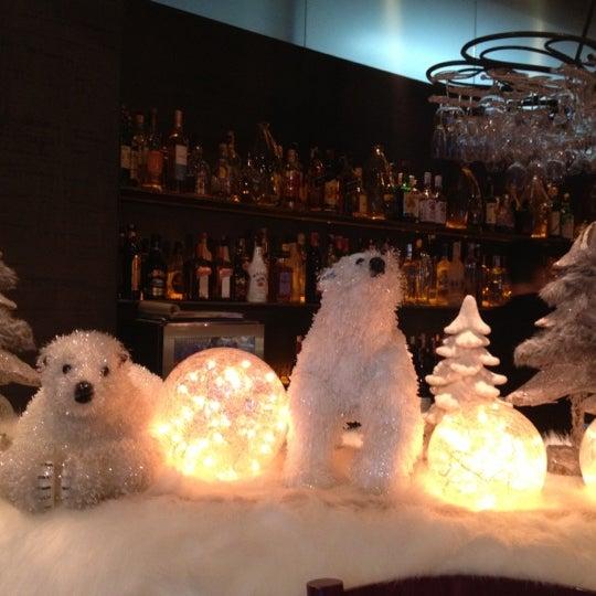 12/16/2012 tarihinde Ülkü D.ziyaretçi tarafından Ve Cafe & Restaurant'de çekilen fotoğraf