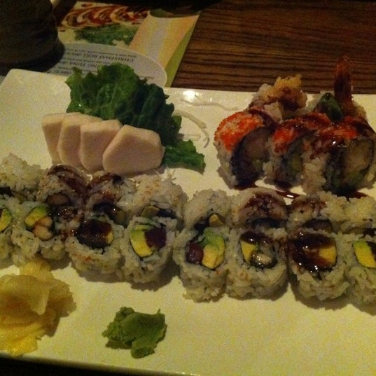 Photo taken at Tomo Japanese Cuisine by Mark Oh F. on 3/17/2013