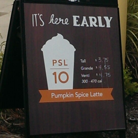 Photo taken at Starbucks by Jessica K. on 8/31/2013