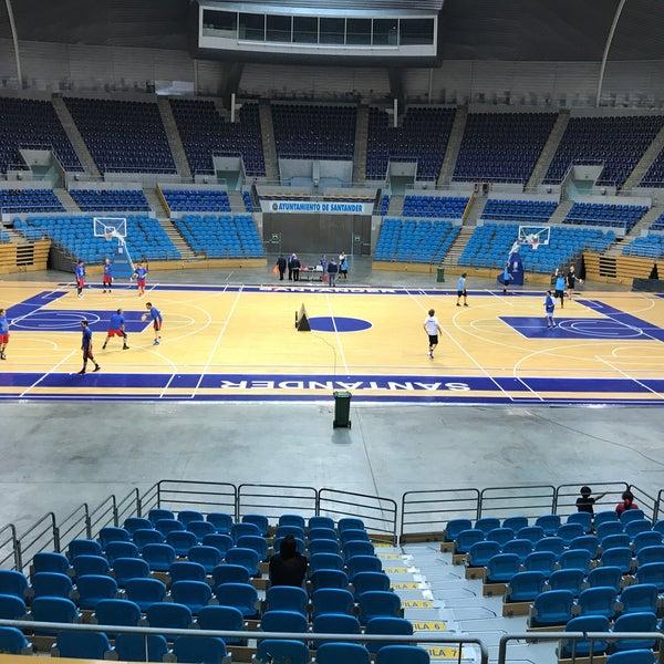 Photo taken at Palacio de los Deportes by Oscar V. on 6/2/2017
