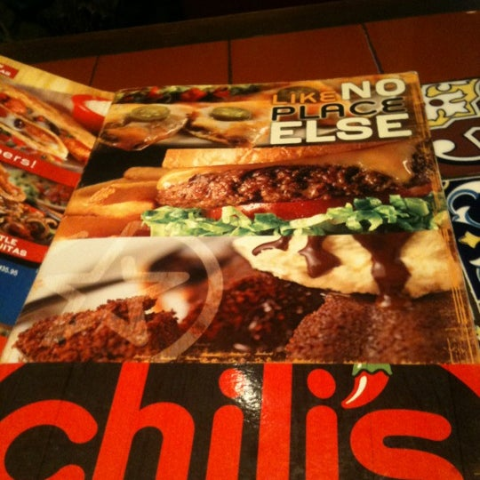 Photo taken at Chili's Grill & Bar Restaurant by Saro r. on 11/9/2012