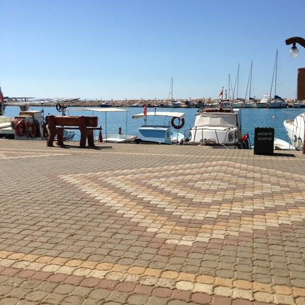 8/5/2013 tarihinde Seda G.ziyaretçi tarafından Küçükkuyu Limanı'de çekilen fotoğraf