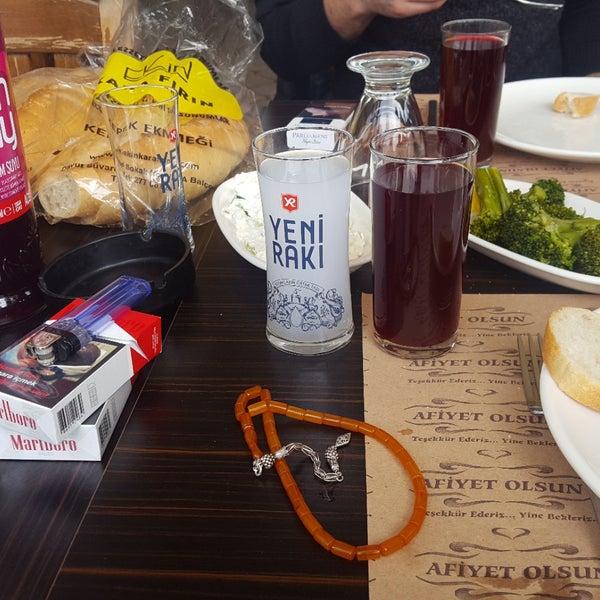 3/18/2018 tarihinde Serdar K.ziyaretçi tarafından Yiğit Kasap Et & Mangal'de çekilen fotoğraf