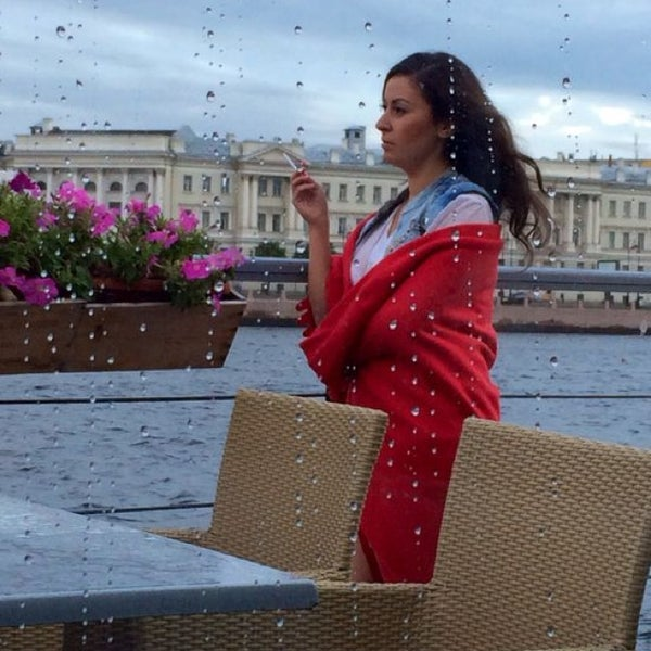 Снимок сделан в DoZari / Дозари шоу-ресторан на воде пользователем Асечка Ю. 8/14/2014