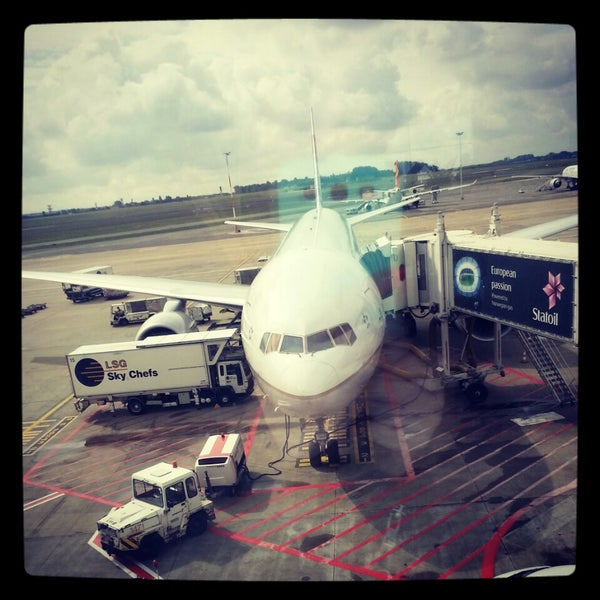 Снимок сделан в Брюссельский аэропорт (BRU) пользователем Lili B. 6/25/2013