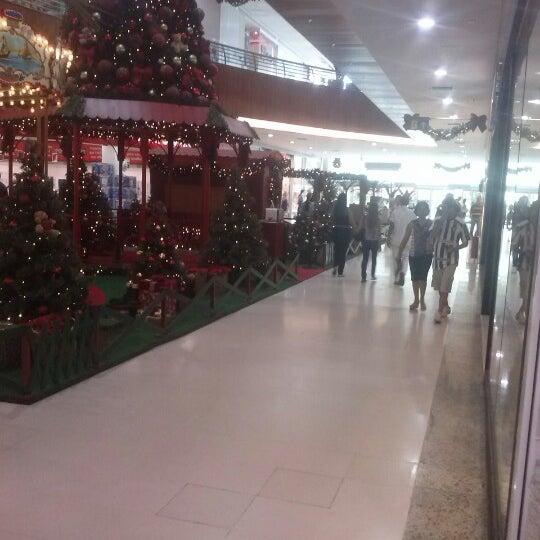 Foto tirada no(a) Partage Shopping São Gonçalo por Kaka M. em 12/5/2012