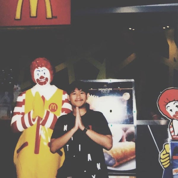 Photo taken at McDonald's by Jakatama N. on 5/1/2017