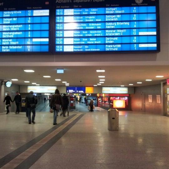 Photo taken at Duisburg Hauptbahnhof by Oxana L. on 1/24/2013