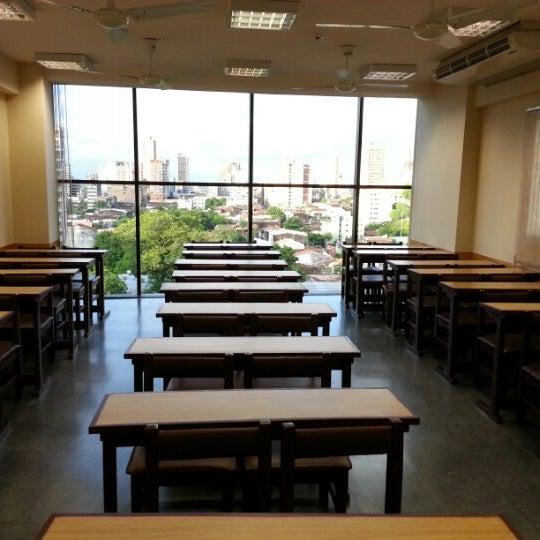 Foto tomada en Universidad Autónoma de Asunción por Javi C. el 12/13/2012