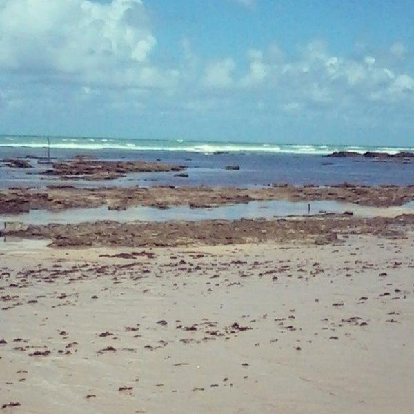 Foto tirada no(a) Praia da Garça Torta por Marcelo O. em 9/8/2013