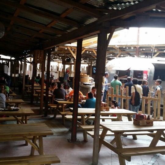 Foto tomada en Pinche Gringo BBQ Patio por sheila c. el 8/16/2014