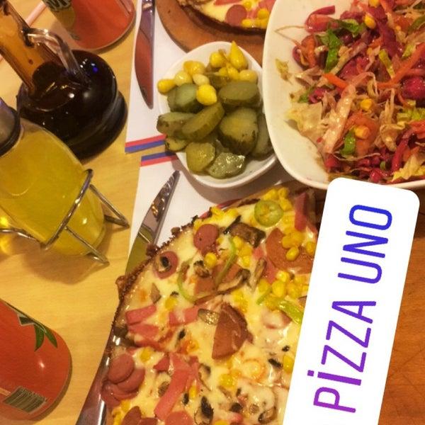 12/29/2017 tarihinde Esmeray Ş.ziyaretçi tarafından Pizza Uno'de çekilen fotoğraf