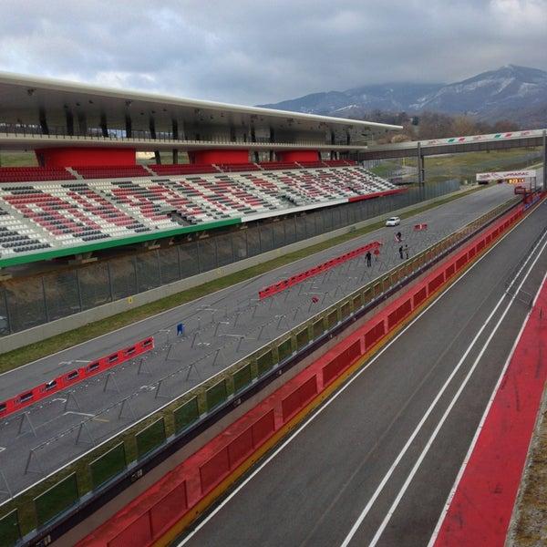 Paddock autodromo del mugello 2 consigli for Puerta 6 del autodromo