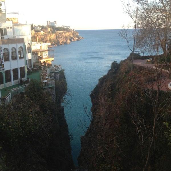 1/9/2013 tarihinde Sevimli C.ziyaretçi tarafından Salman Pastanesi'de çekilen fotoğraf