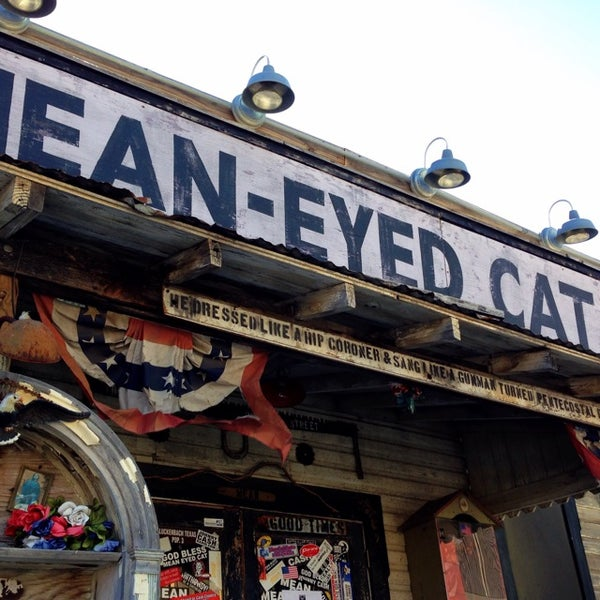 Mean Eyed Cat Stubbs