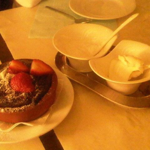11/10/2012 tarihinde Ceren A.ziyaretçi tarafından Yengeç Restaurant'de çekilen fotoğraf
