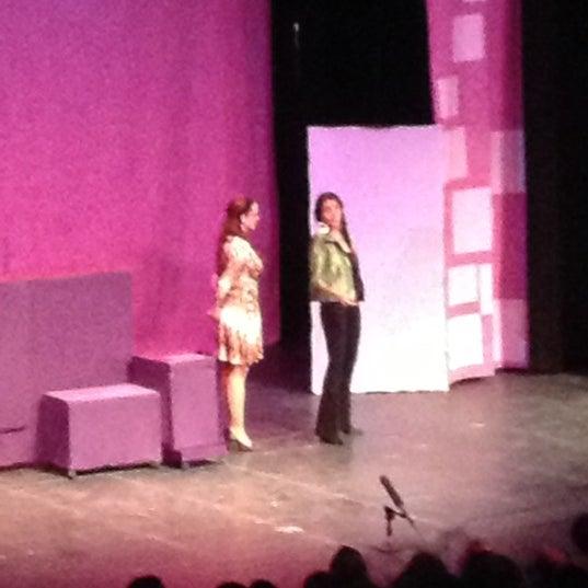 Foto tomada en Teatro Hidalgo por Carlos J. el 12/9/2012