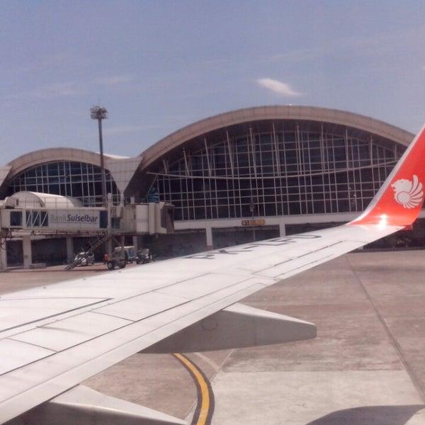 Photo taken at Sultan Hasanuddin International Airport (UPG) by Wawa on 3/25/2013