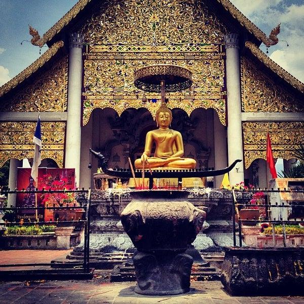 Photo taken at Wat Chedi Luang Varavihara by Demid M. on 5/22/2013