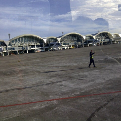 Photo taken at Sultan Hasanuddin International Airport (UPG) by DOMINICO W. on 6/10/2013