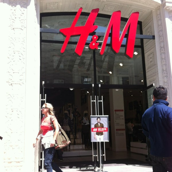 Photo taken at H&M by Shauna T. on 5/21/2013