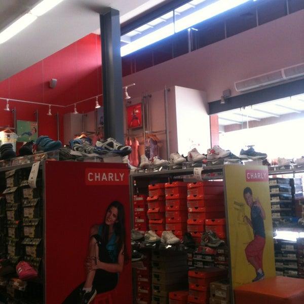 Fotos en plaza outlet del calzado zapater a en guadalajara - Zapateria casas outlet ...