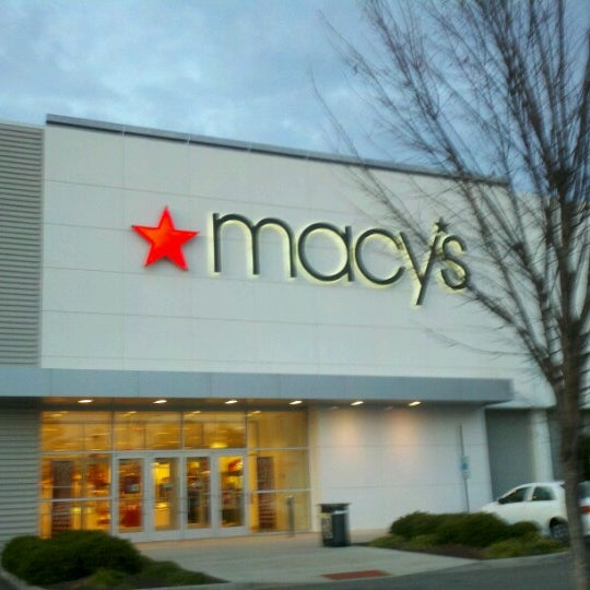 Macys Outlet Chicago: Department Store In Coliseum Central