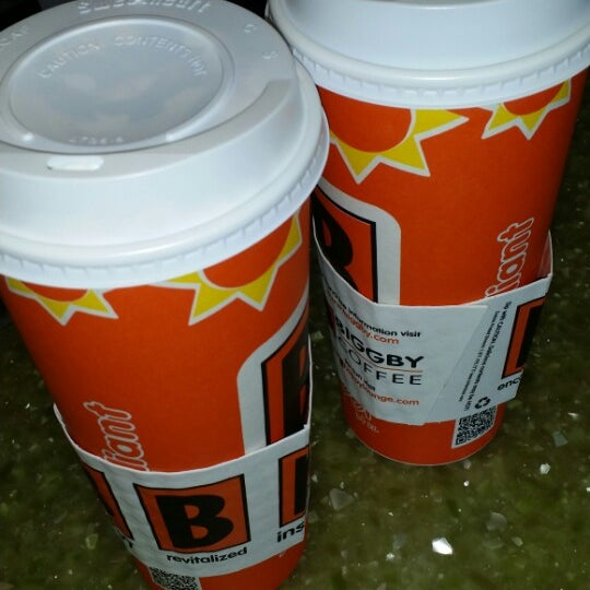 Photo taken at BIGGBY COFFEE by Heather B. D. on 4/23/2014