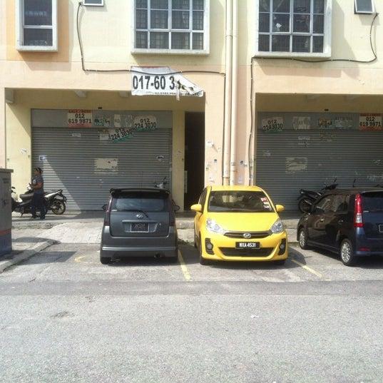 Photo taken at Seksyen 7   Jalan Plumbum V7 V by Faiz S  on. Photos at Seksyen 7   Jalan Plumbum V7 V   Shah Alam  Selangor