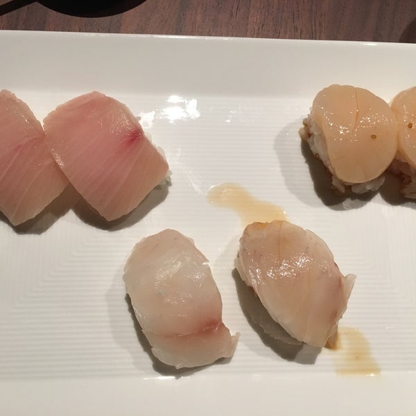 Photo taken at Sugarfish by Bonnie C. on 11/11/2016