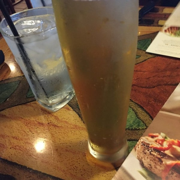 Photo taken at Carrabba's Italian Grill by Francisco S. on 8/7/2016
