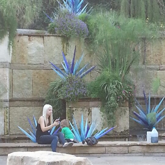 Foto tirada no(a) Dallas Arboretum and Botanical Garden por Nathan M. em 10/5/2012