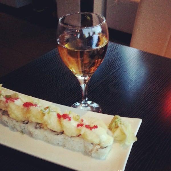 Photo prise au Sushi Delight par Amanda S. le10/4/2013