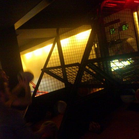 2/24/2013 tarihinde Berk Ö.ziyaretçi tarafından Fantasyland Oyun Merkezi & Coffee'de çekilen fotoğraf