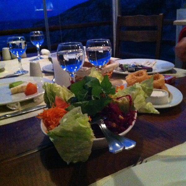 1/20/2013 tarihinde Aret S.ziyaretçi tarafından İyot Restaurant'de çekilen fotoğraf
