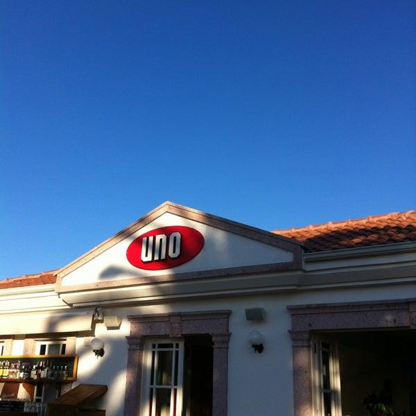 9/15/2013 tarihinde M€TİN ÖZ€Rziyaretçi tarafından Uno Restaurant'de çekilen fotoğraf