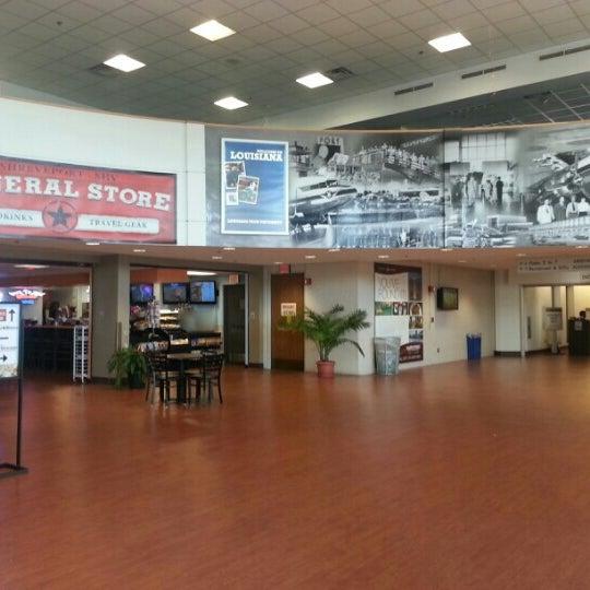 Photo taken at Shreveport Regional Airport (SHV) by Luke B. on 2/19/2013
