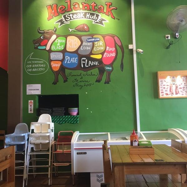 Photo taken at Melantak Steak Hub by Rasyid M. on 9/23/2016