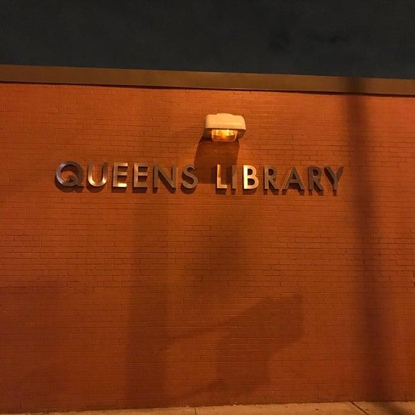 Foto tomada en Queens Library at Sunnyside por Jesse H. el 1/19/2017