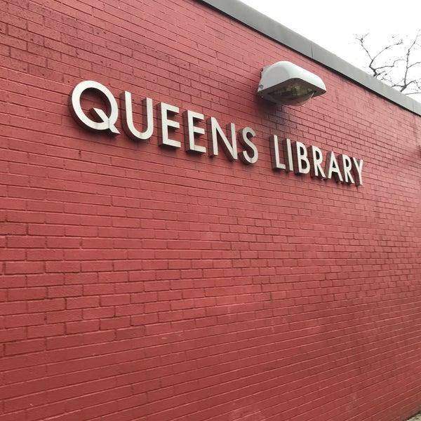 Foto tomada en Queens Library at Sunnyside por Jesse H. el 2/16/2018