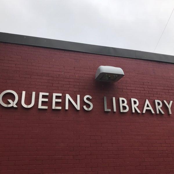 Foto tomada en Queens Library at Sunnyside por Jesse H. el 9/11/2018