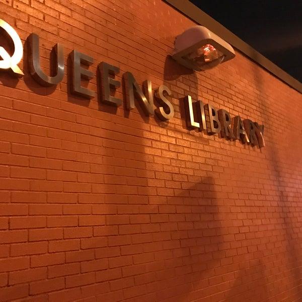 Foto tomada en Queens Library at Sunnyside por Jesse H. el 12/6/2016